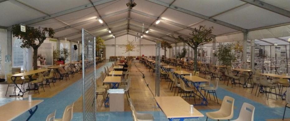 Salon étudiants-entreprises, structure de 15m et 20m de largeur accouplées